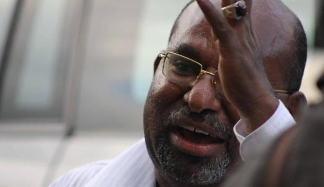 Gubernur Papua Kepada Freeport : Silakan Keluar dari Papua