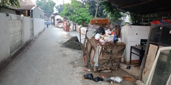 gerobak sampah9